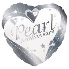 "18"" Foil Pearl Anniversary Heart Balloon - The Ultimate Balloon & Party Shop"