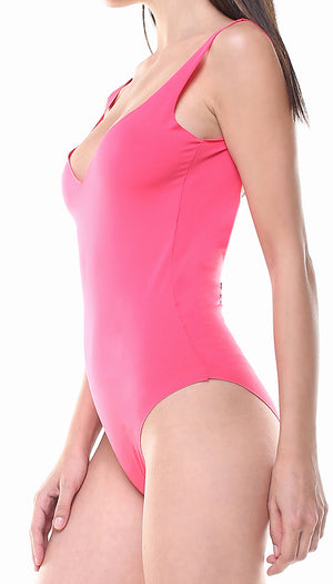 Costume in lycra rosa fragola con stella applicata argento