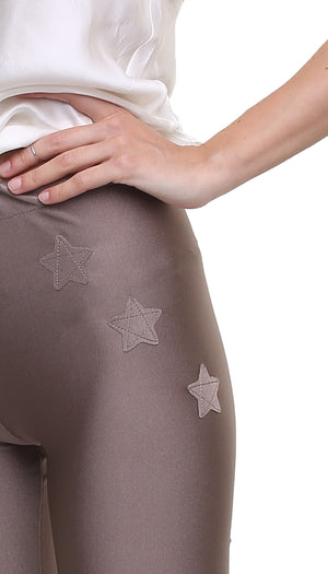 Leggings ciclista in lycra color caramello con stelle applicate ton sur ton