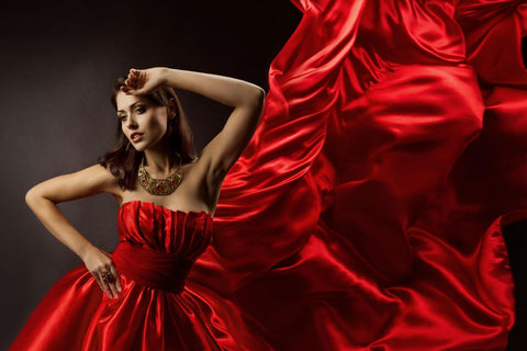 The colours of ICinStyle Red dress