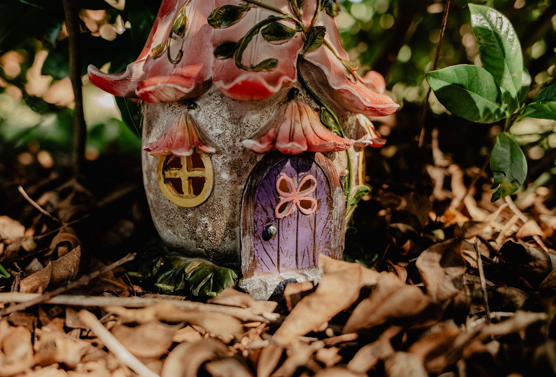 Pink Flower Fairy House (LED)