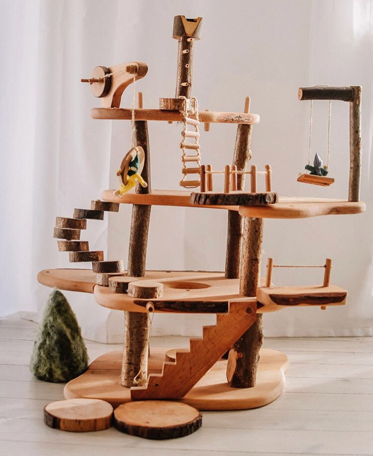 Large Buildable Treehouse