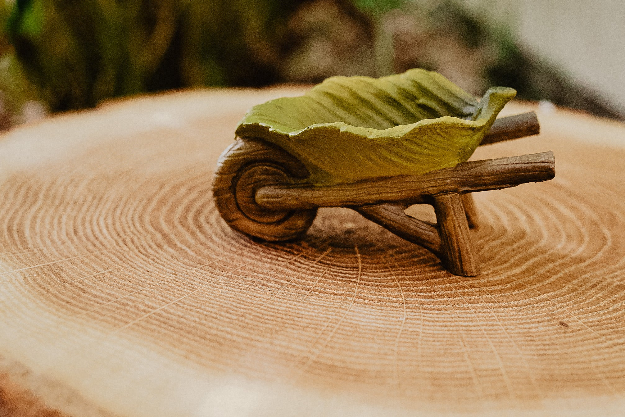 Mini Leaf Wheelbarrow