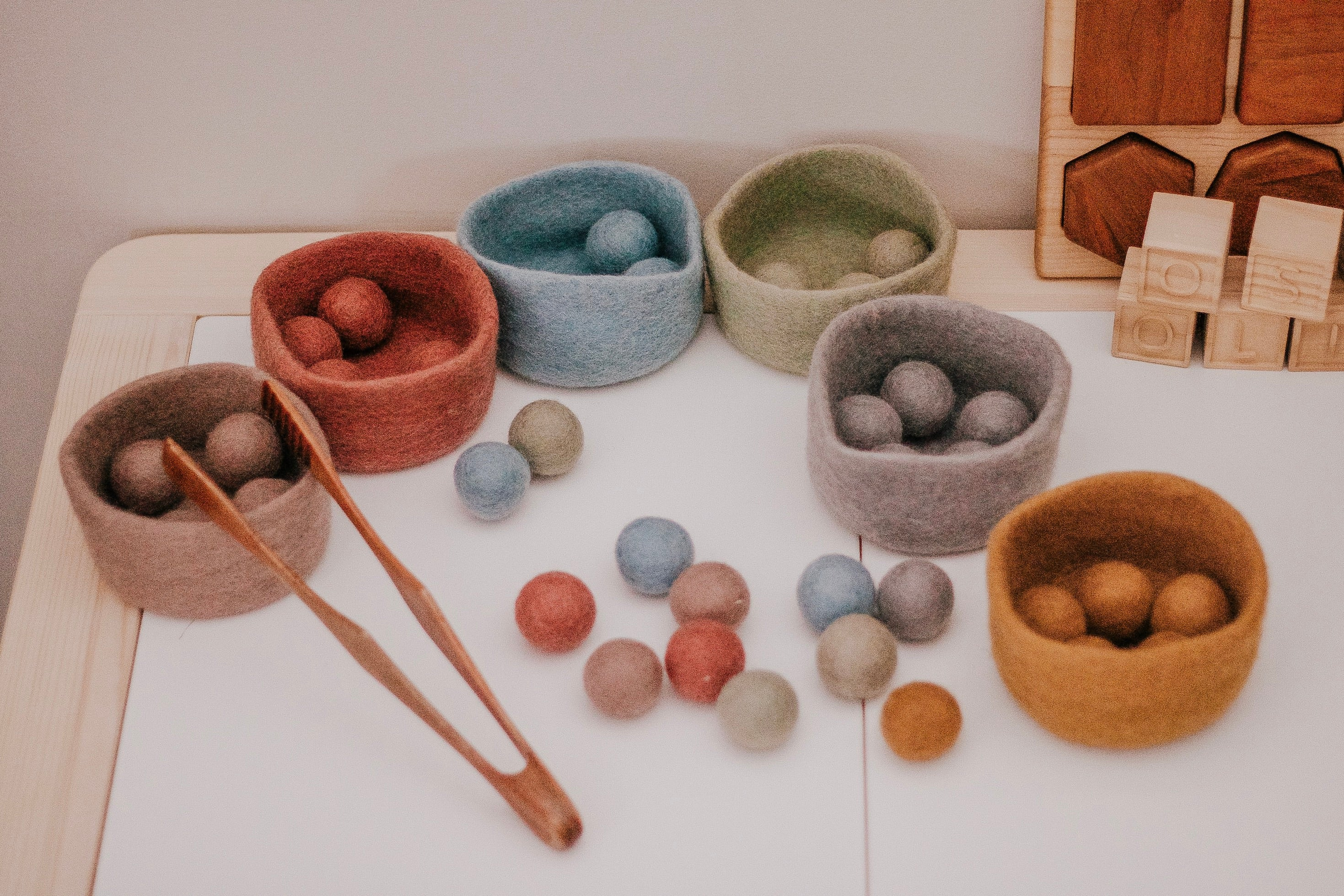 Earth // Ball & Bowl Set (48)