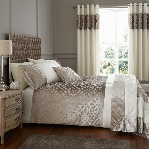 Catherine Lansfield - Lattice Cut Double Quilt Set
