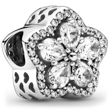 Load image into Gallery viewer, Pandora Sparkling Snowflake Charm