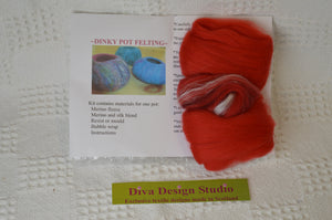 Dinky Pot felting kit by Diva Design. Red. (39P12)