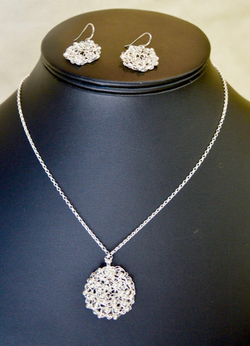 Necklace & Earrings set, boxed. Silver knitted wire, beads.(66KJ1)