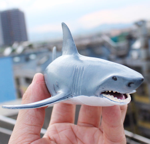 Wiben Sea Life Blue shark Great White Shark Simulation Animal Model Action & Toy Figures  Educational Collection Gift for Kids