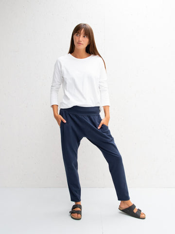 Chalk Robyn Pants | Navy