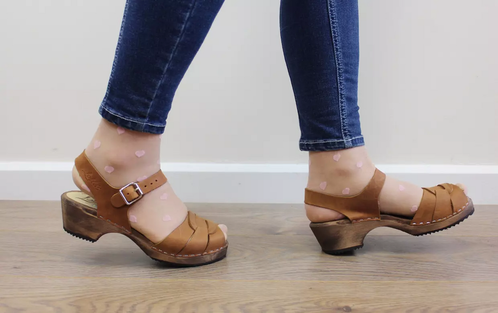 6a38e095e8b6c Lotta Clogs Low Peep Toe Brown Oiled on Brown Base – The Whiting Post