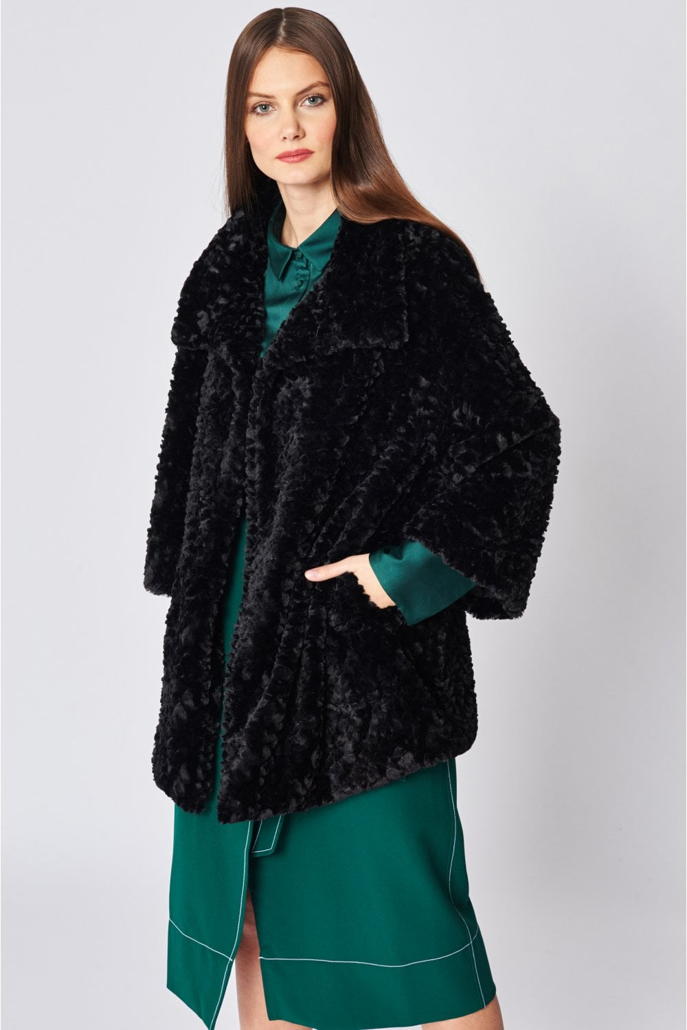 Jayley Black Teddy Faux fur coat