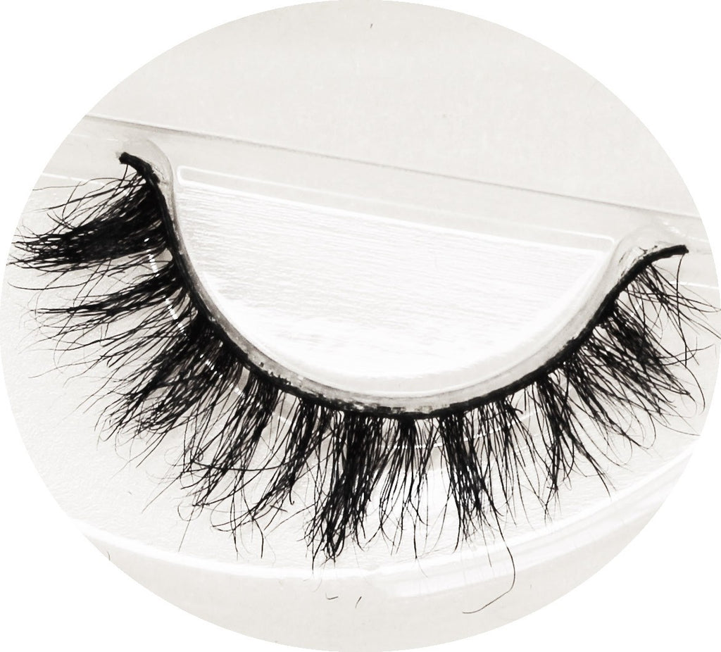 YEMI THE GOOD GIRL  FALSE LASHES