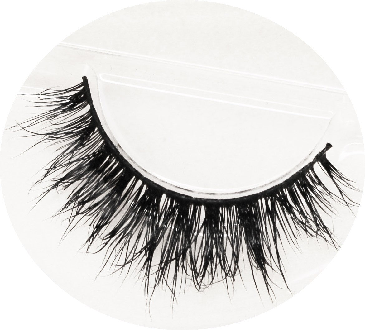 WANNA BE FALSE LASHES