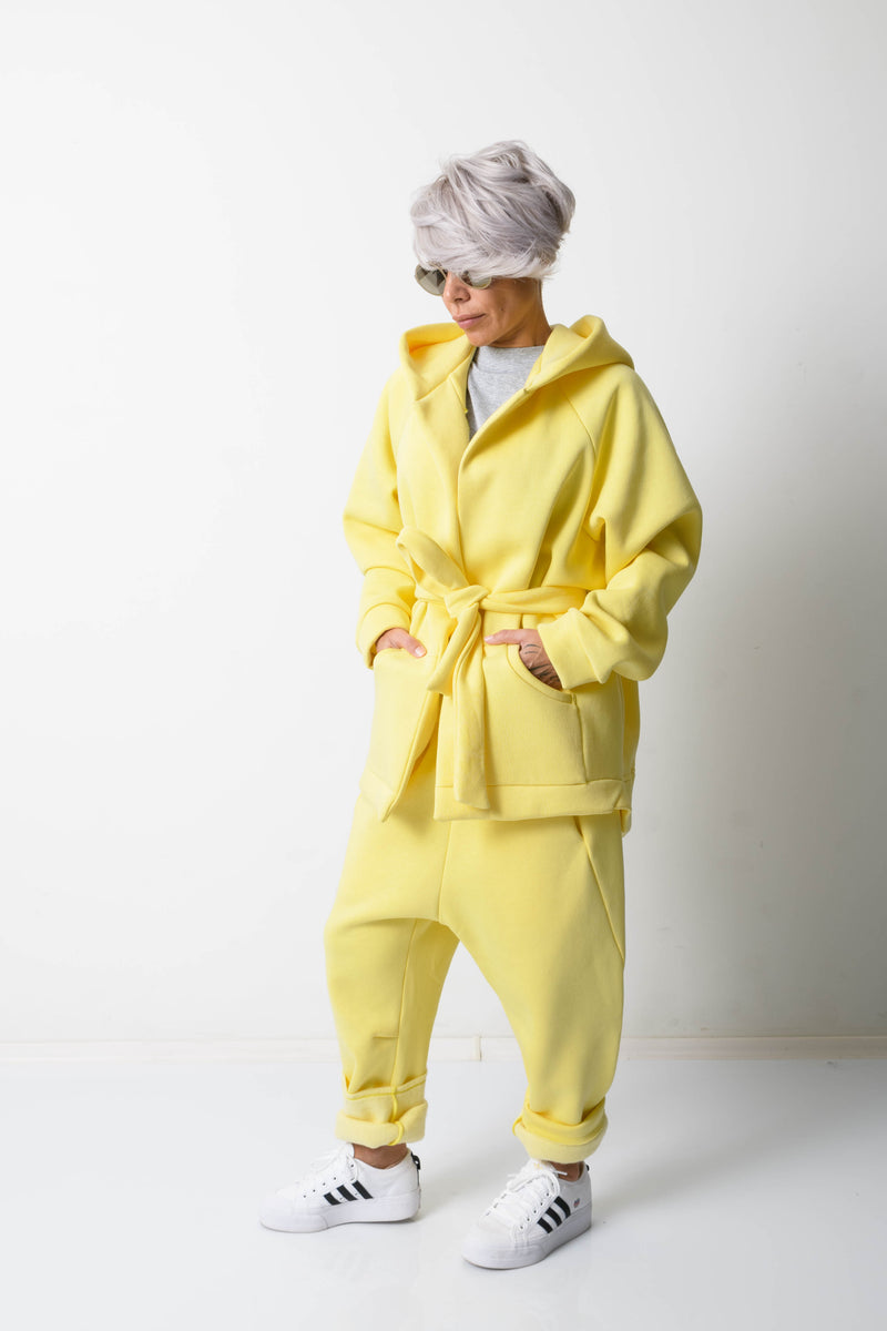 Yellow Warm Oversized Quilted Hoodie with Long Sleeves