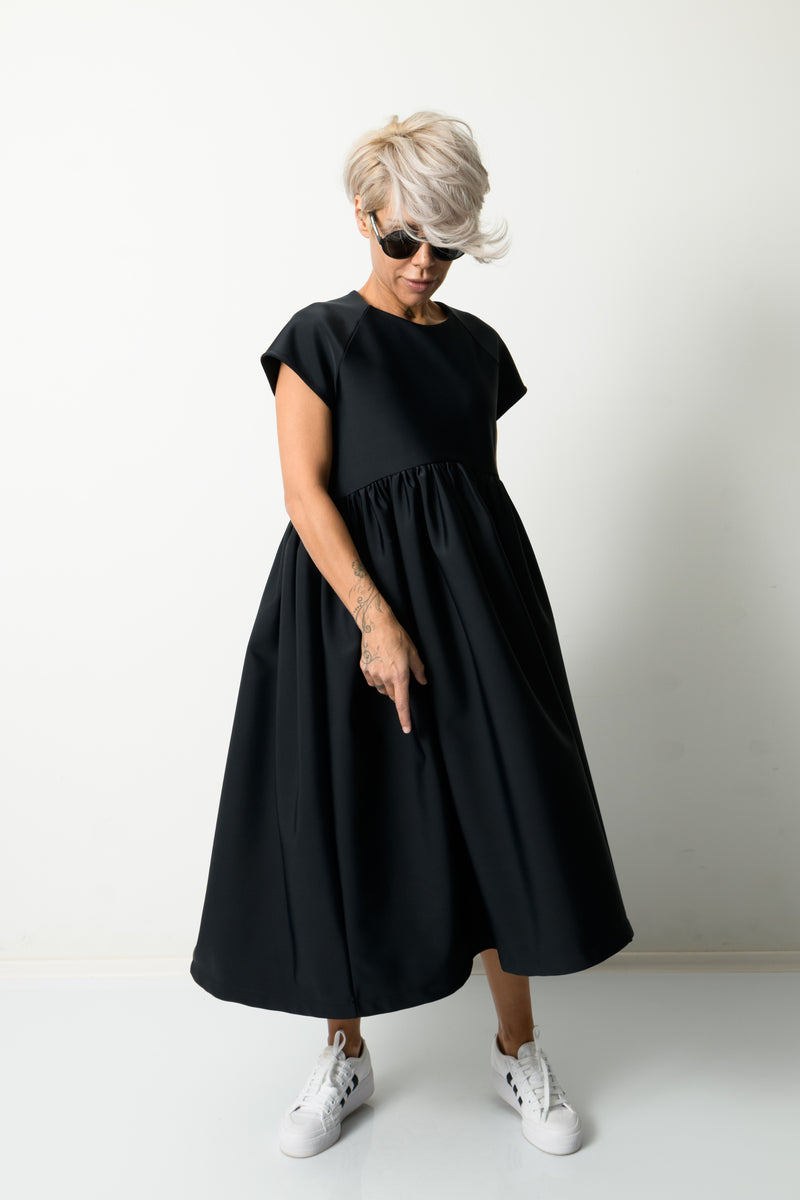Black Oversize Tunic Dress with Short Sleeves