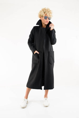 Black Wool Winter Coat With High Collar - Clothes By Locker Room