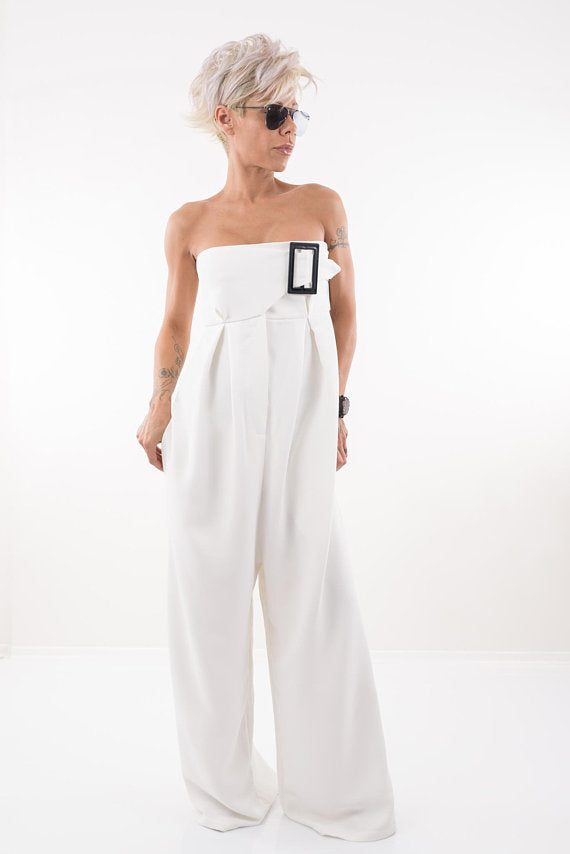Strapless White Elegant Jumpsuit with Wide Leg and Side Pockets - Clothes By Locker Room