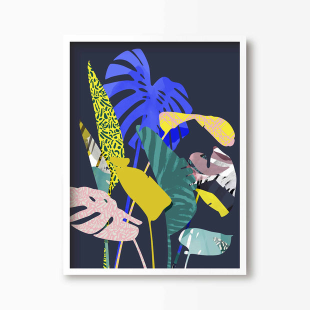 Dark Tropical Palm Leaf Print