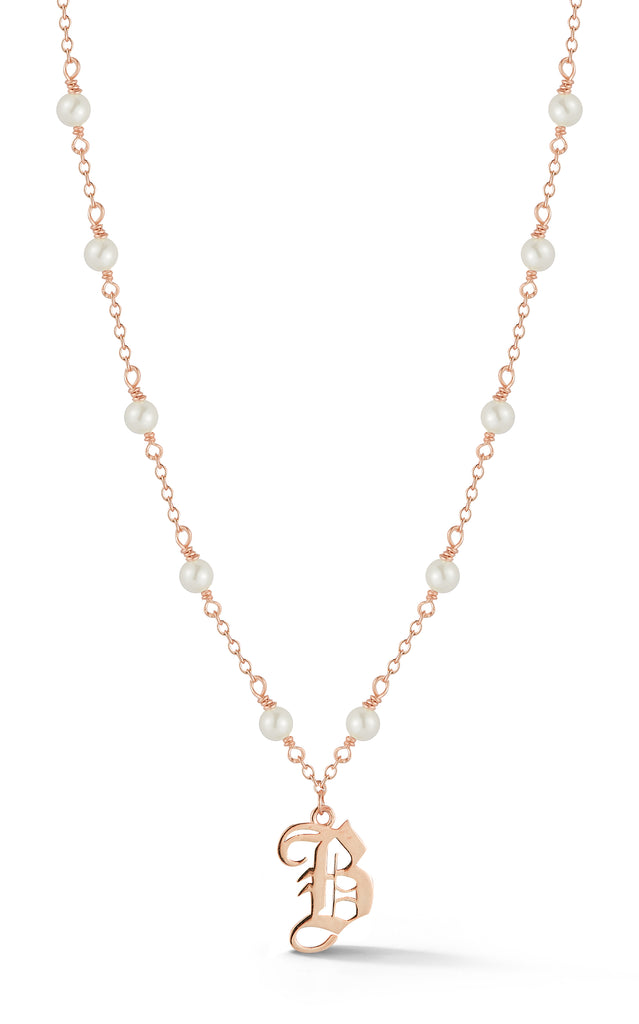Old English Initial Pearl Necklace - Sphera Milano