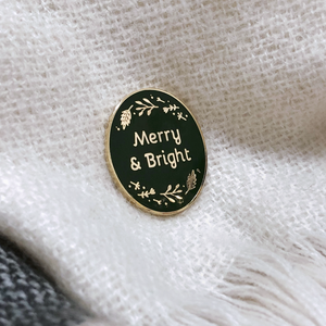 EP-C-06 / Merry And Bright Traditional Enamel Pin Badge