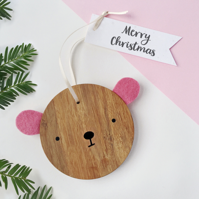 BB-C-01 / Merry Christmas Bear Decoration