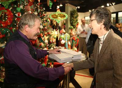 Jim Shore at Christmas event