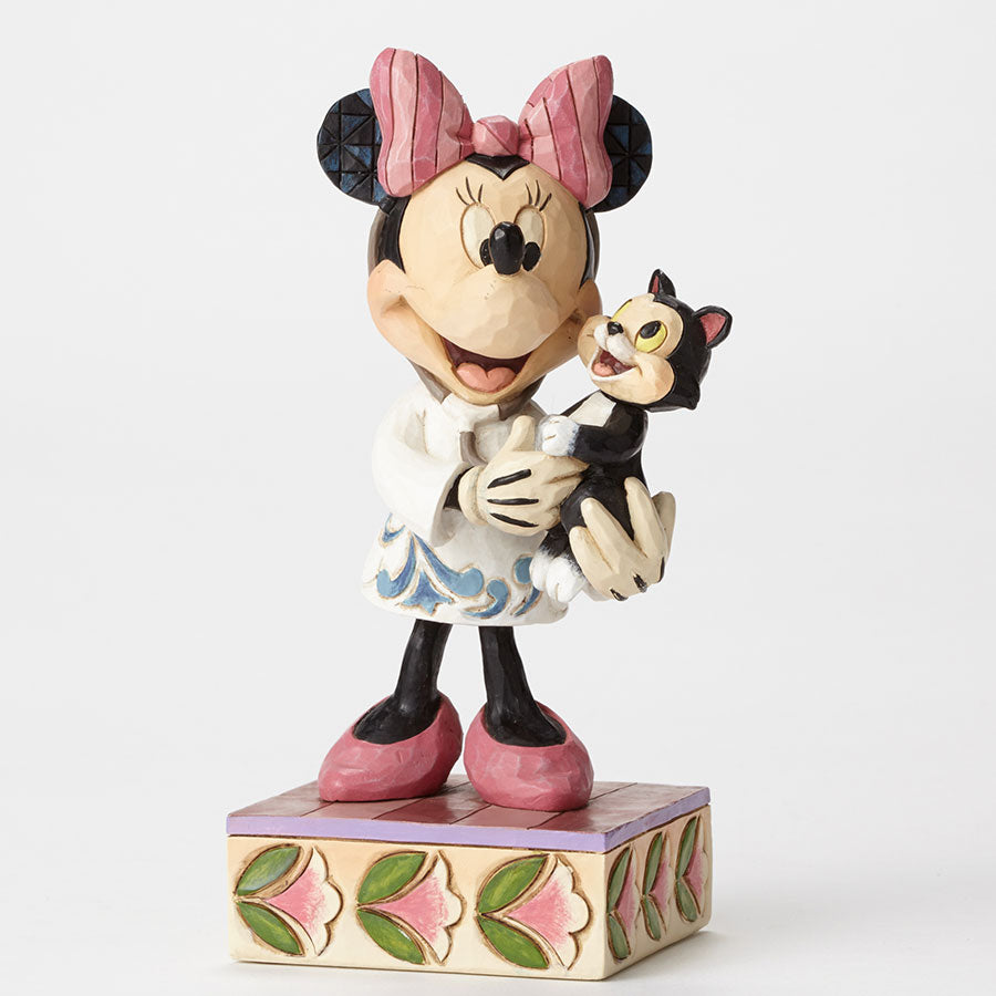 Veterinarian Minnie