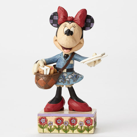 Postal Carrier Minnie