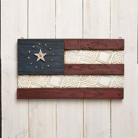 Patriotic Flag Wall D�cor