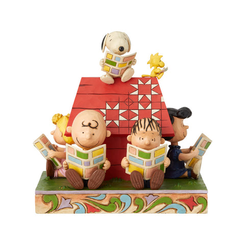 Peanuts Gang reading comics