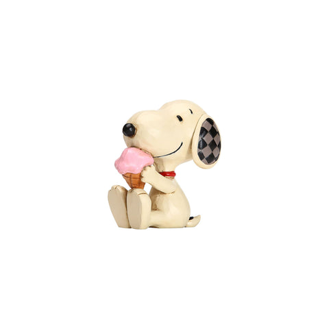 Mini Snoopy with Ice Cream