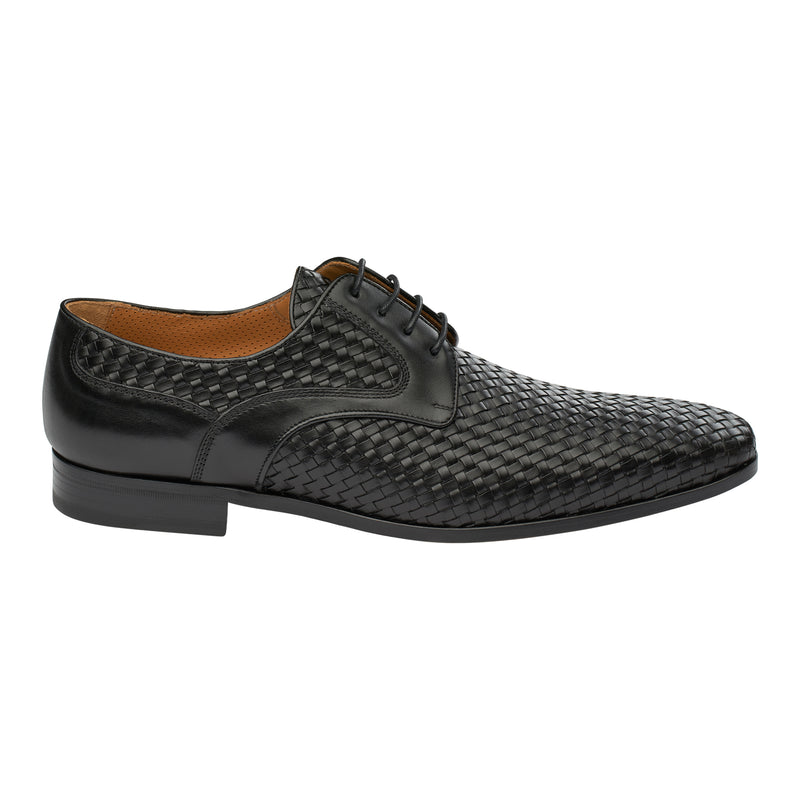 The Woven Oxford in Onyx