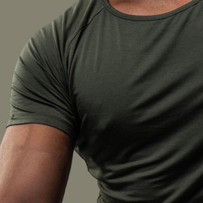 Ideal T-Shirt in Army Green