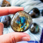 High Quality Labradorite Pebble
