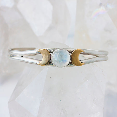 Silver Goddess Ring with Rainbow Moonstone in sterling silver with twist band