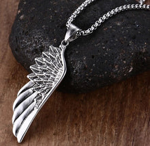Mens Feather Silver Pendent Necklace