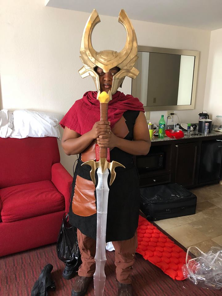 https://infinity3dprints.com/collections/cosplay-weapons-and-armor/products/heimdall-full-size-helmet