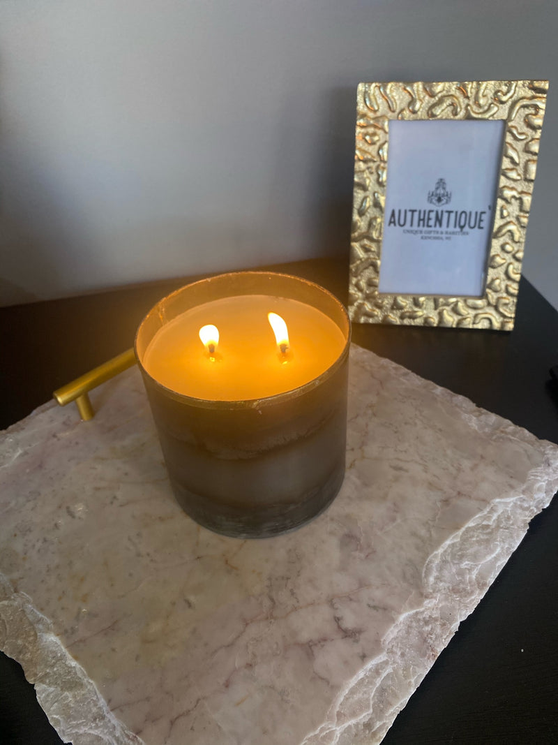 Authentique Candle of the Month