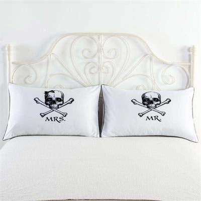"""Mrs & Mr"" Skull & Crossbones Pillow Cases"