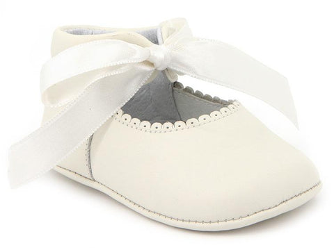 BABY GIRLS SOFT RIBBON SHOES IN IVORY