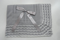 Baby white waves with ribbon bow Blanket