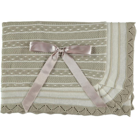 Baby stripes combined ivory or beige blanket