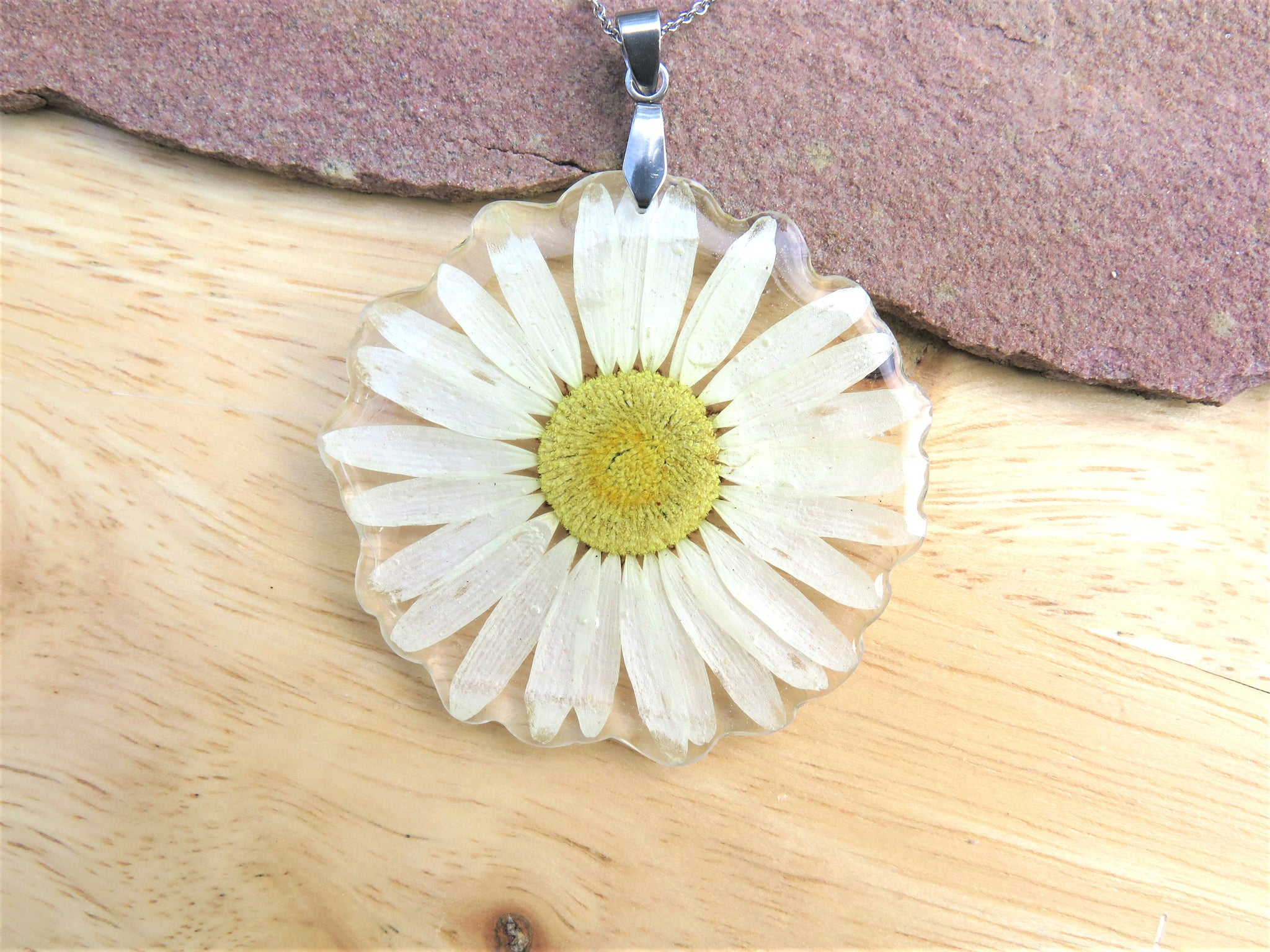 Real Daisy Necklace, Handmade jewelry with flowers
