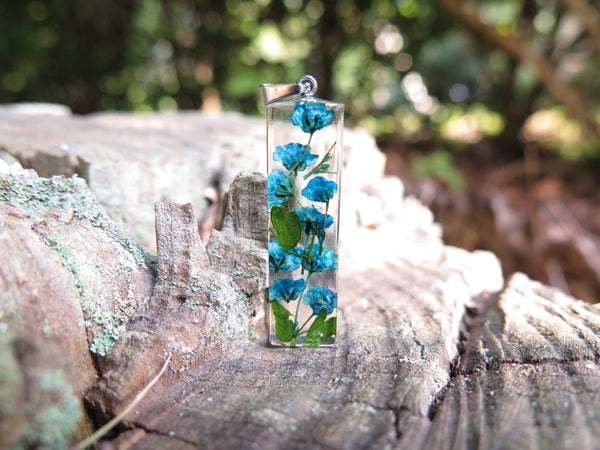 handmade nature jewelry with real flowers