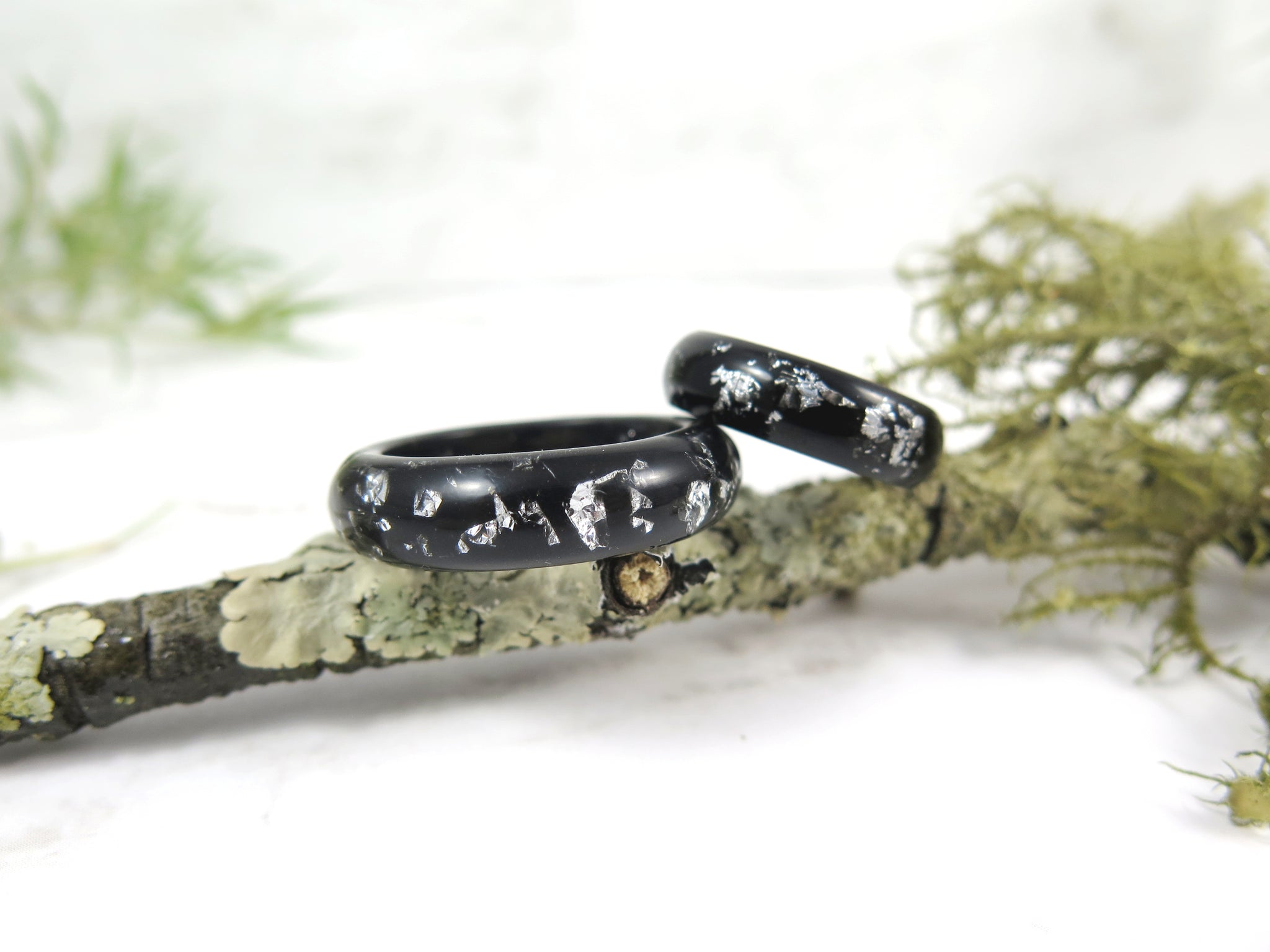 Black resin ring with silver flakes unisex band ring
