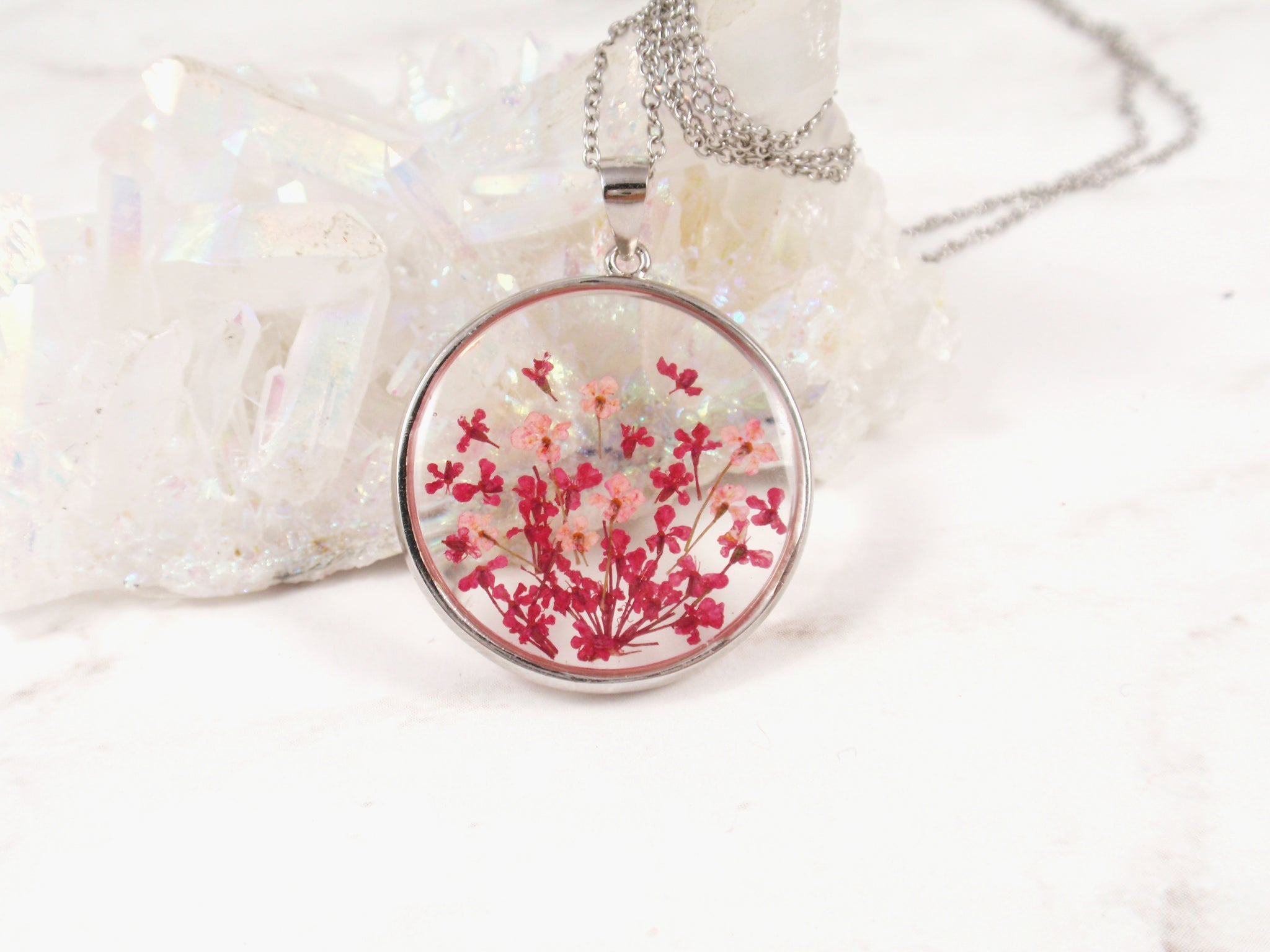 Queen Annes lace flower resin necklace