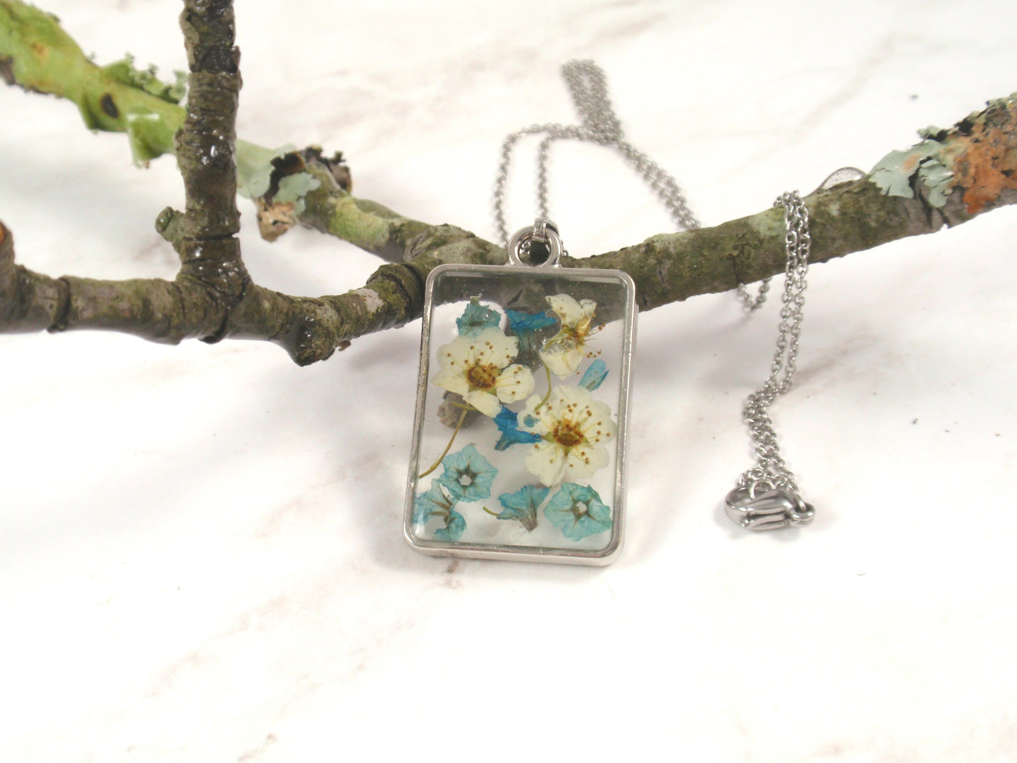 Spring flowers Rectangle necklace