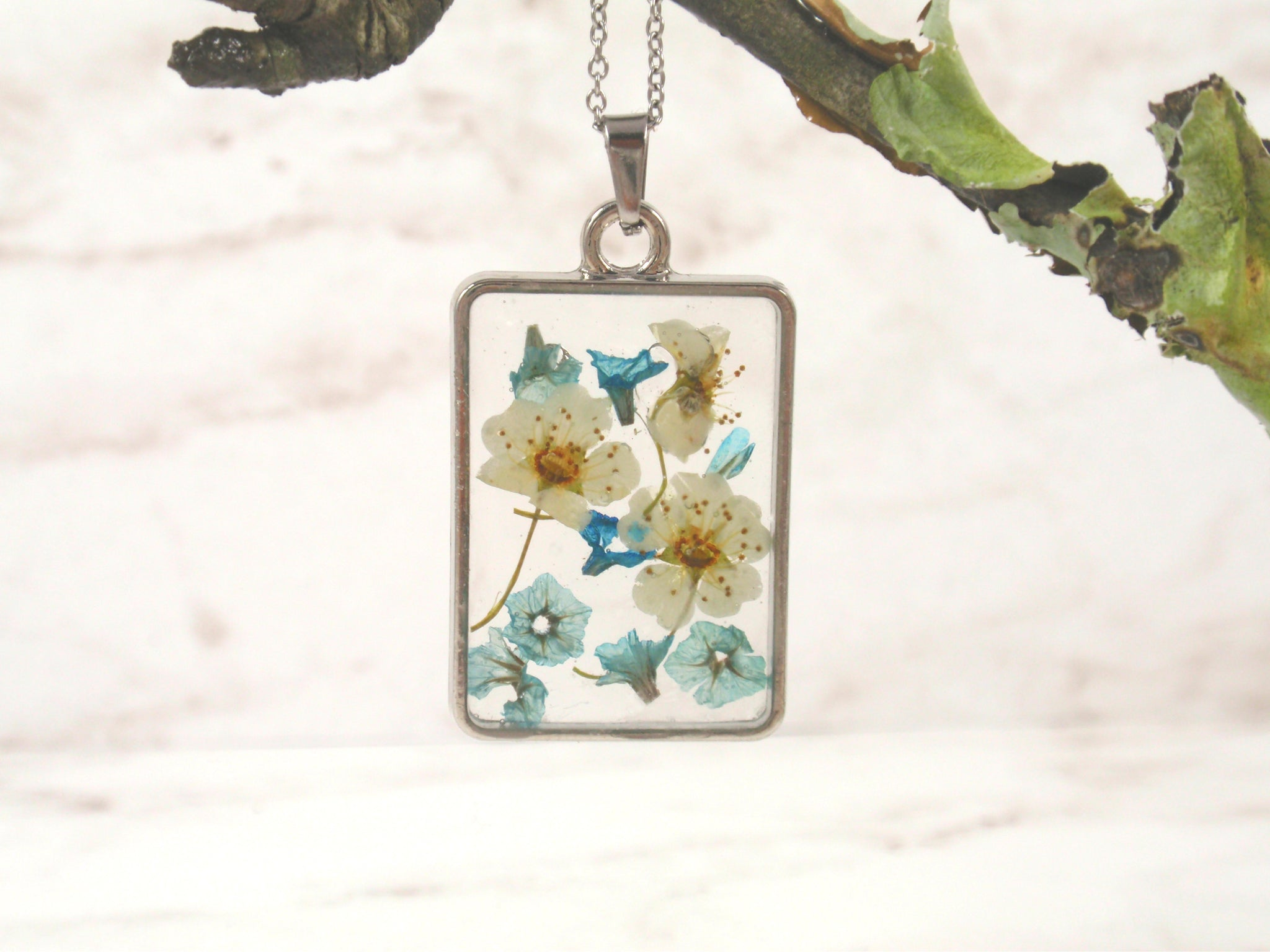 spring flower in resin necklace