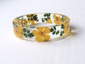 Flower Resin Bangle, botanical resin bracelet, yellow and green